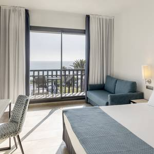 Double room with sea views Hotel ILUNION Calas de Conil Conil de la Frontera